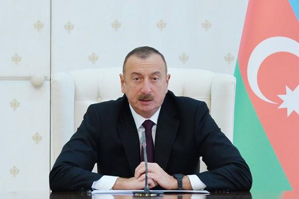 Prezident İlham Əliyev milli komandamızı təbrik etdi (FOTO)
