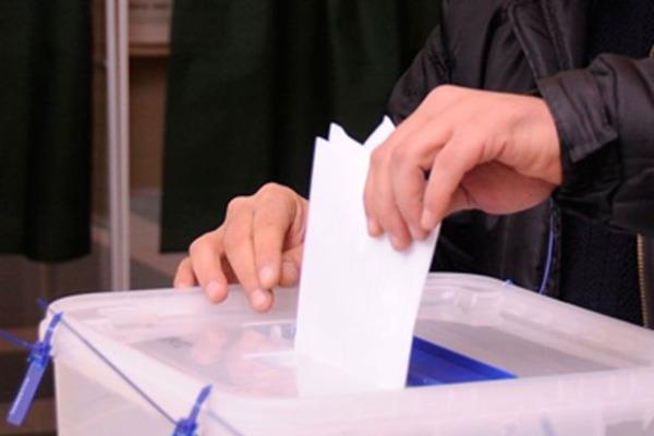 Bu günki seçkilərdə iştirak edən seçicilərin sayı AÇIQLANDI