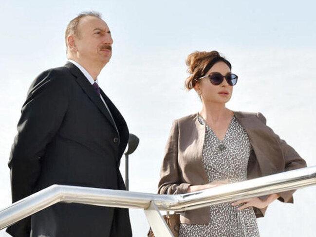 Prezident və Birinci vitse-prezident Gəncədə karvansara kompleksinin açılışında