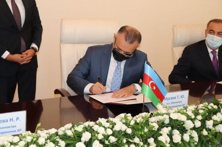 Azərbaycan və Rusiya səhiyyə sahəsində əməkdaşlıq sazişi imzaladı (FOTO)
